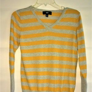 Mossimo Size L V Neck Yellow and Gray Sweater
